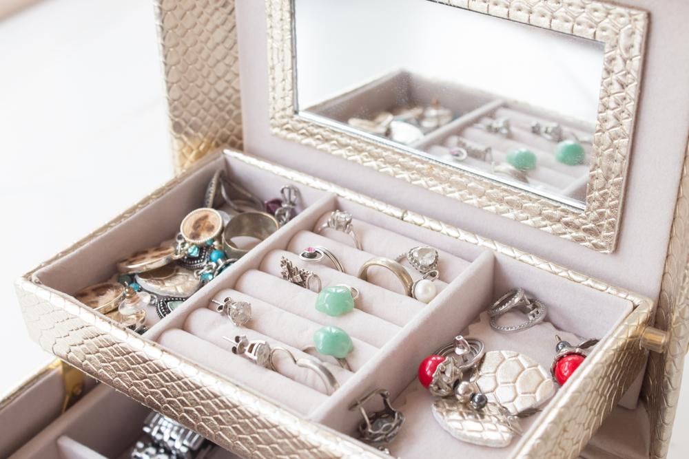 Astuces pour ranger efficacement vos bijoux